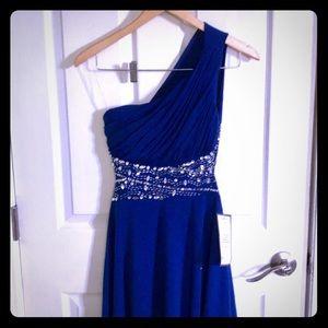 SPEECHLESS Beautiful one shoulder backless dress